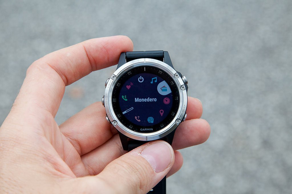 Photo of OFERTÓN | Garmin Fenix 5S Plus, adelántate al Black Friday