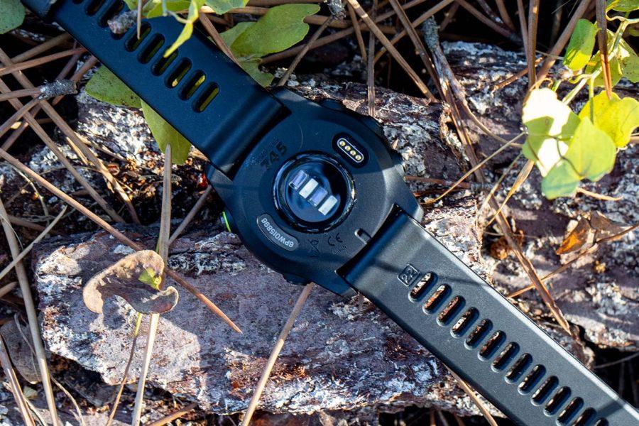 Garmin Forerunner 745 - Sensor óptico